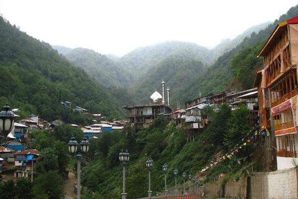 جاذبه های طبیعی و مذهبی شهرستان شفت