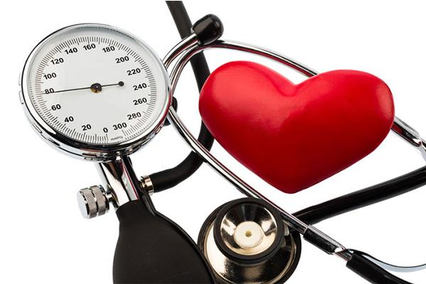 فشار خون بالا و خطرات آن